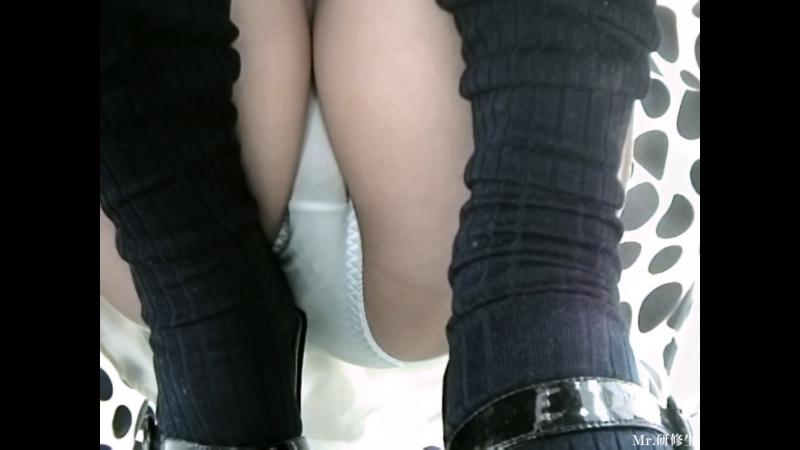 【Pcolleレビュー】Mr.研修生さん 96 黒水玉スカート店員さん 超モロ【動画有り】