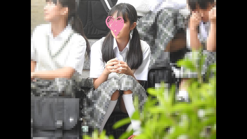 【Pcolleレビュー】YUKIさん 可愛いロリパンが見えてます!!(FHD)Cちゃん!!大変です!!パンツが見えてますよ特別編31